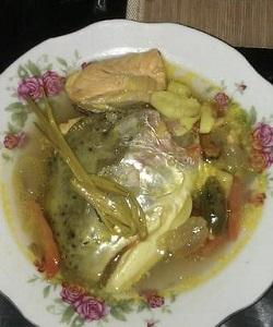 resep soup kepala salmon